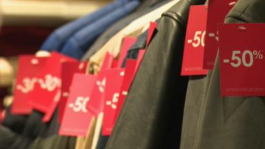 Les soldes démarrent ce lundi : les commerçants pourront-ils compenser leurs pertes ?