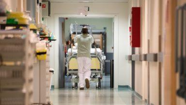 Covid19: les hospitalisations et contaminations diminuent, mais les décès augmentent