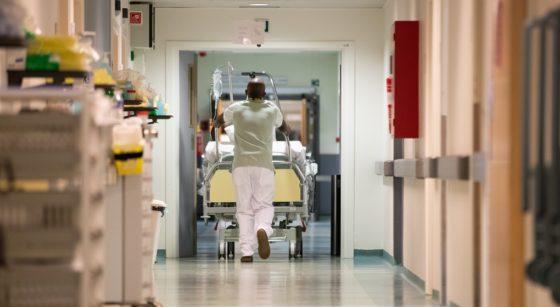 Hôpital Patient Covid-19 UZ Brussel - Belga Benoit Doppagne