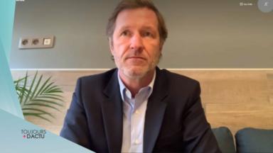 """Paul Magnette sur les étudiants jobistes : """"Il faut aussi les indemniser"""""""