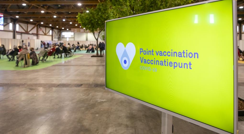 Campagne Vaccination Covid-19 Heysel - Belga Hatim Kaghat