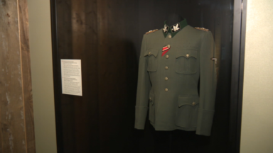 L'uniforme du général d'Hitler exposé au Musée de l'armée pourrait être un faux