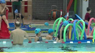 """""""Nage dans ta bulle"""" : apprendre et faire du sport lors d'une demi-journée à la piscine"""