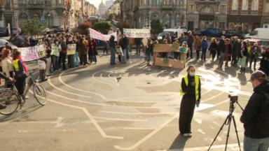 Des citoyens se mobilisent à Schaerbeek pour sauver la friche Josaphat