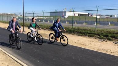La nouvelle piste cyclable vers Brussels Airport est ouverte