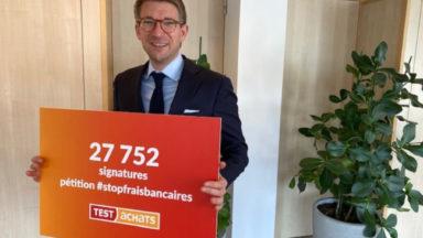Test Achats recueille 28 000 signatures pour sa pétition contre les frais bancaires