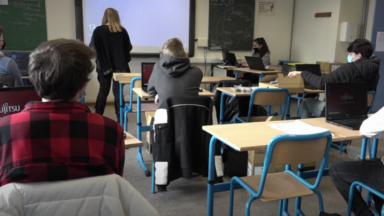 Le virus ne circule pas plus dans les écoles qu'ailleurs, selon Sciensano