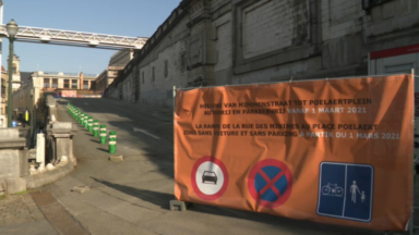 Marolles : des commerçants rouvrent les rampes du Palais de Justice aux voitures