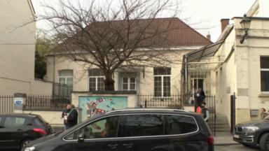 Uccle : le théâtre Le Public prendra bientôt ses quartiers sur le parvis Saint-Pierre