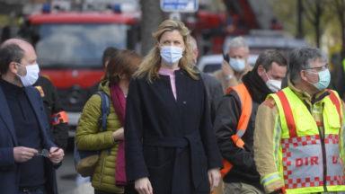 Incendie à Anderlecht : la ministre Verlinden à la rencontre des pompiers et des sinistrés