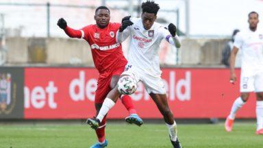 Football : le RSC Anderlecht se replace 4e après son succès à l'Antwerp (1-4)