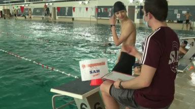 """""""J'me bouge pour mon club"""" : des nageurs de Molenbeek relèvent le défi"""