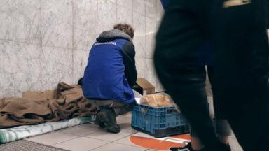 Full Contact : l'aide aux sans-abris à Bruxelles, au temps du Covid-19
