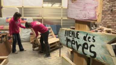 Deux Bruxelloises se lancent dans l'upcycling pour renouer avec leurs valeurs