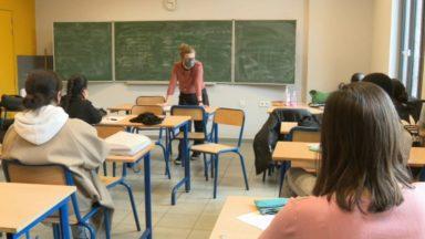 Réforme des rythmes scolaires: les vacances d'été raccourcies dès 2022
