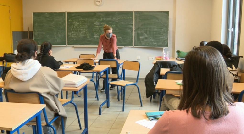 École Secondaire Bruxelles Classe Examen - Capture BX1