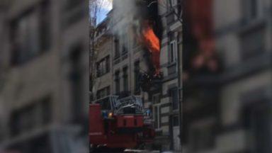 Deux enfants décédés dans un incendie à Laeken : la piste criminelle est exclue