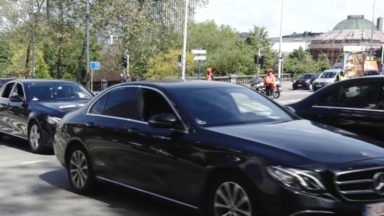 Les chauffeurs Uber manifestent contre les sanctions dues à l'utilisation du smartphone
