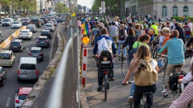 Lors de la 'masse critique' ce vendredi, un cycliste tabassé par trois personnes