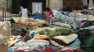 Les sans-papiers grévistes de la faim inquiets pour leur régularisation