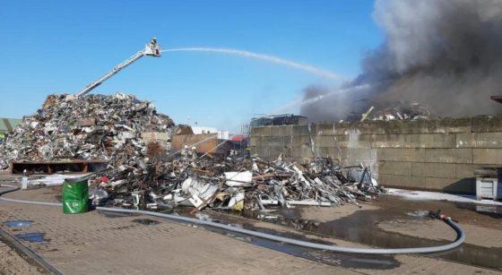 Incendie Usine recyclage Métaux Avenue de Vilvorde - Walter Derieuw Pompiers de Bruxelles