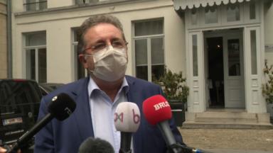 La neutralité dans les services publics menace la majorité bruxelloise