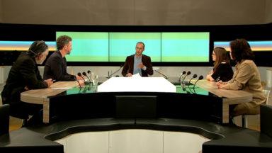 Versus : La Commission délibérative du Parlement bruxellois, une manière de réinventer la démocratie ?