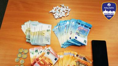 Trafic de drogue à Schaerbeek : un dealer de cocaïne arrêté place de la Reine