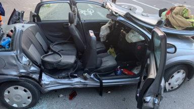 Anderlecht : deux femmes désincarcérées après une collision entre deux voitures