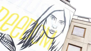 """L'Arena5 dévoile une fresque de 70 m2 : """"musique, liberté, vie et été"""""""