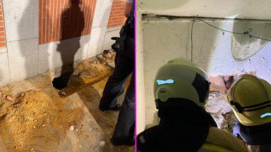 Koekelberg : les pompiers viennent au secours d'un homme coincé dans un soupirail
