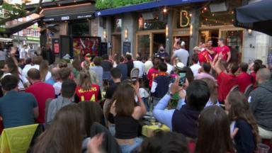 Cimetière d'Ixelles : la déception des supporters après l'élimination de la Belgique à l'Euro de football