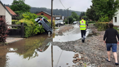 Suite aux inondations, les sections bruxelloises de la Croix-Rouge sur le pont