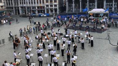 """""""Vlaanderen Feest, Brussel Danst"""" : la fête de la Communauté Flamande débute sur la Grand Place"""