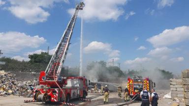 Forest : l'incendie au recypark boulevard de l'Humanité est maitrisé