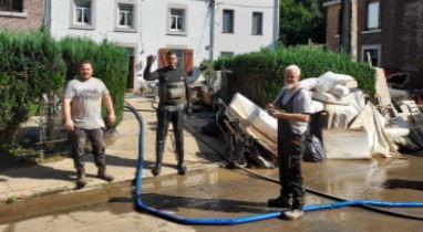 Inondations : ces Bruxellois partis au secours des sinistrés en Wallonie