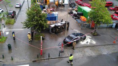 Bruxelles : une personne coincée après un accident… devant l'état-major du SIAMU