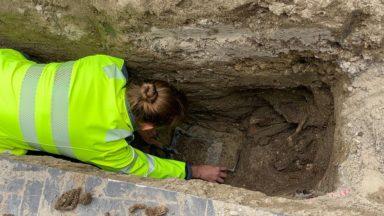 """Une ancienne tombe découverte à Saint-Josse : """"C'est la première fois qu'on a une trace de ce cimetière"""""""