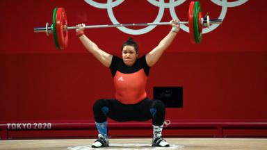 Jeux Olympiques : Anna Van Bellinghen soulève 219 kg et termine 11e