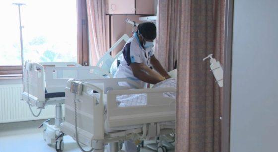 Covid-19 Infirmier Hôpital Patient - Capture BX1