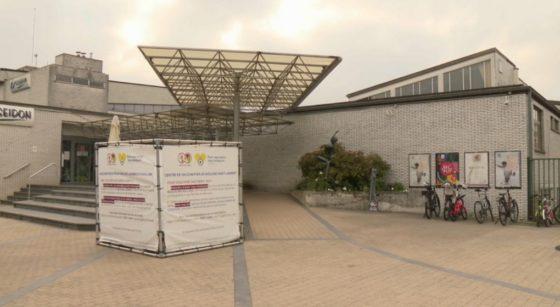Extérieur Centre de Vaccination Woluwe-Saint-Lambert Poséidon - Capture BX1