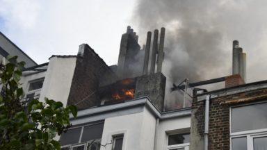 Incendie à l'avenue de la Couronne : une enquête ouverte pour déterminer s'il était criminel