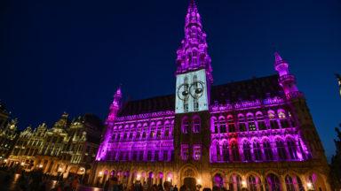 Jeux paralympiques : illuminé en mauve, l'Hôtel de Ville relève le Stary Eyes Challenge
