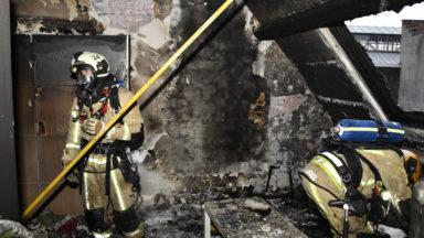 Anderlecht : un immeuble en partie inhabitable à la suite d'un violent incendie