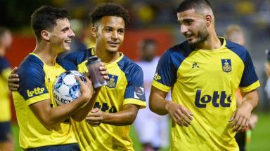 L'Union Saint-Gilloise s'impose face au Standard (4-0) et prend la tête du championnat