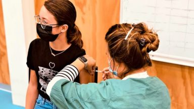 Trois premières écoles bruxelloises vaccinent leurs élèves depuis cette semaine