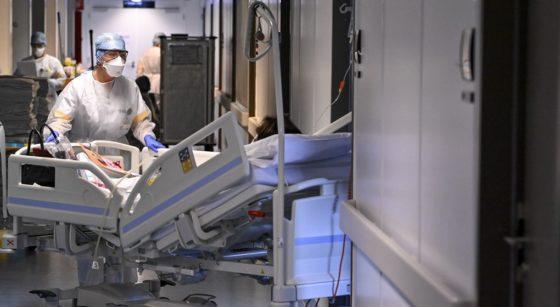 Hôpital Soins Intensifs Covid-19 Coronavirus - Belga Dirk Waem