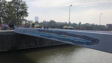 Deux nouvelles passerelles cyclo-piétonnes au-dessus du canal pour relier Molenbeek et Bruxelles-Ville
