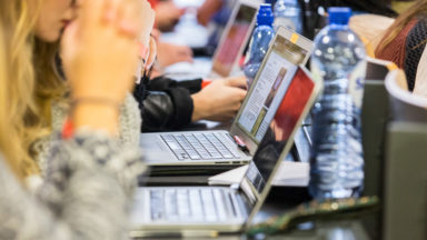 Mieux informer les jeunes en ligne, le défi de Bruxelles-J