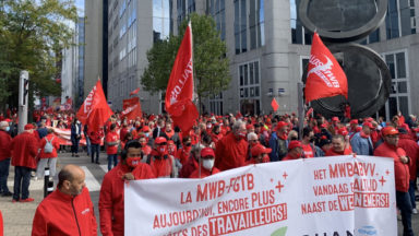 Manifestation contre la norme salariale : 15.000 participants selon la FGTB, 7.000 selon la police